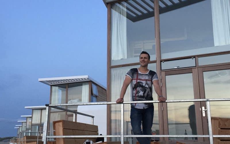 Nathan Ultee bij Strandhuisje Nieuwvliet